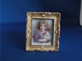 Schilderij meisje met bosje viooltjes